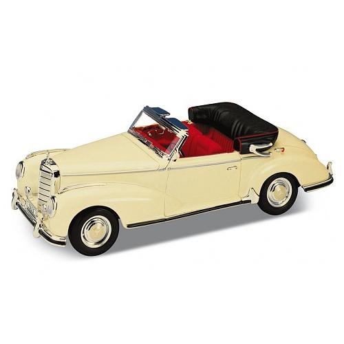 Игрушка модель винтажной машины 1:34-39 Mercedes-Benz 300S 1955 модель машины mercedes benz sl500 1 34 39